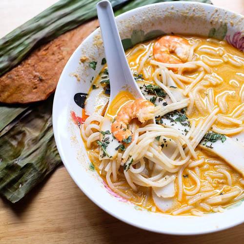 Cek makanan khas Asia Tenggara yang terkenal - Simas Insurtech