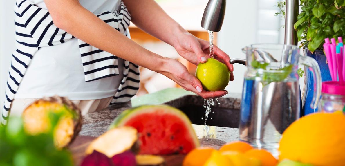 tips cuci sayuran dan buah cegah corona
